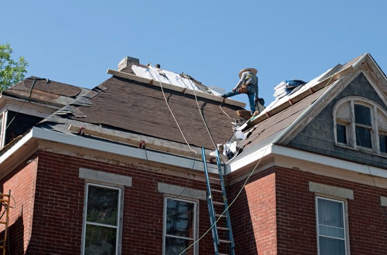 Does Homeowners Insurance Cover Water Damage and Roof ...